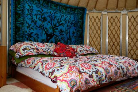 bed little yurt