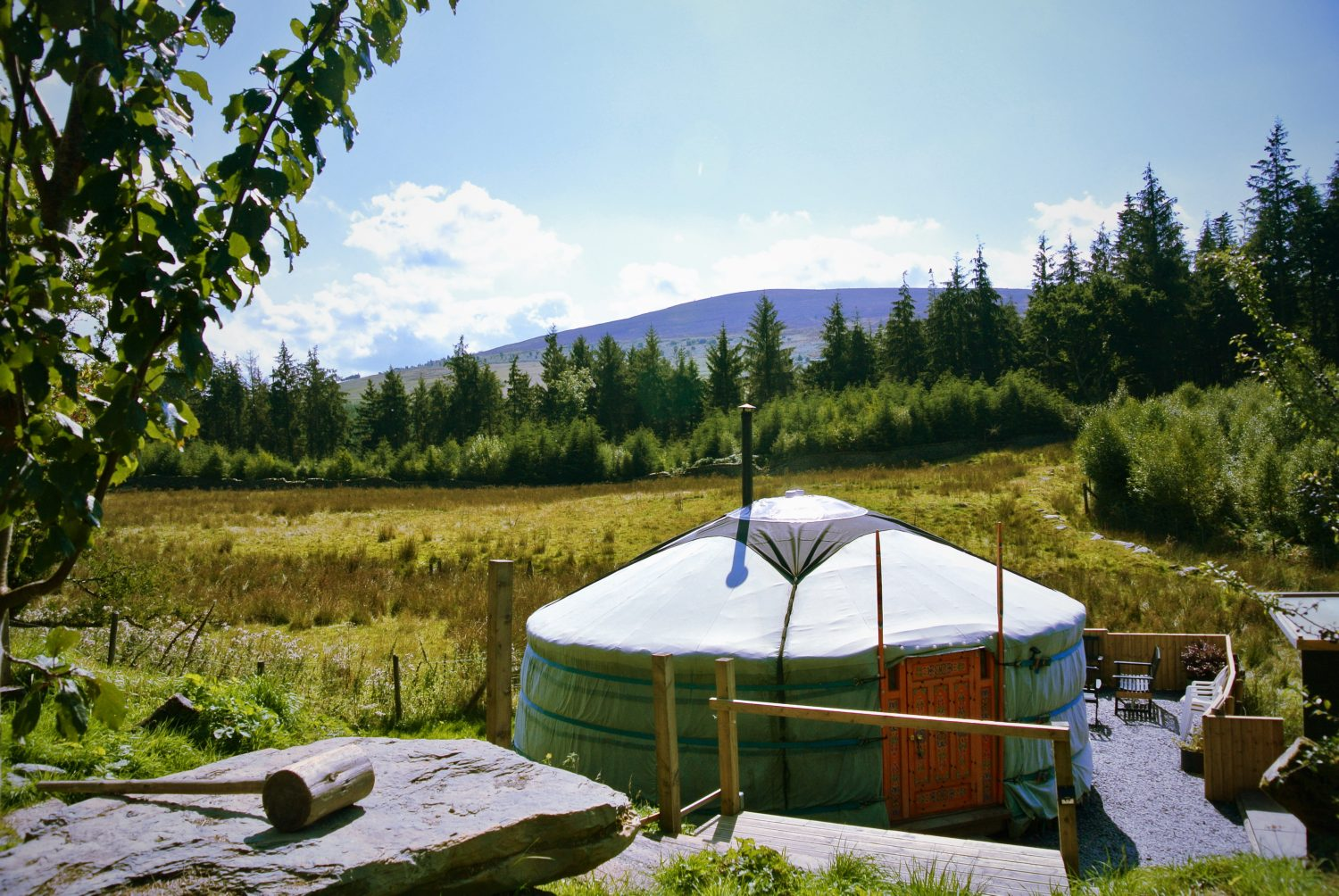 Ty Crwn Mawr – Authentic Mongolian Ger or Yurt
