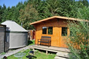 Ty Log - Fully equipped kitchen and bathroom